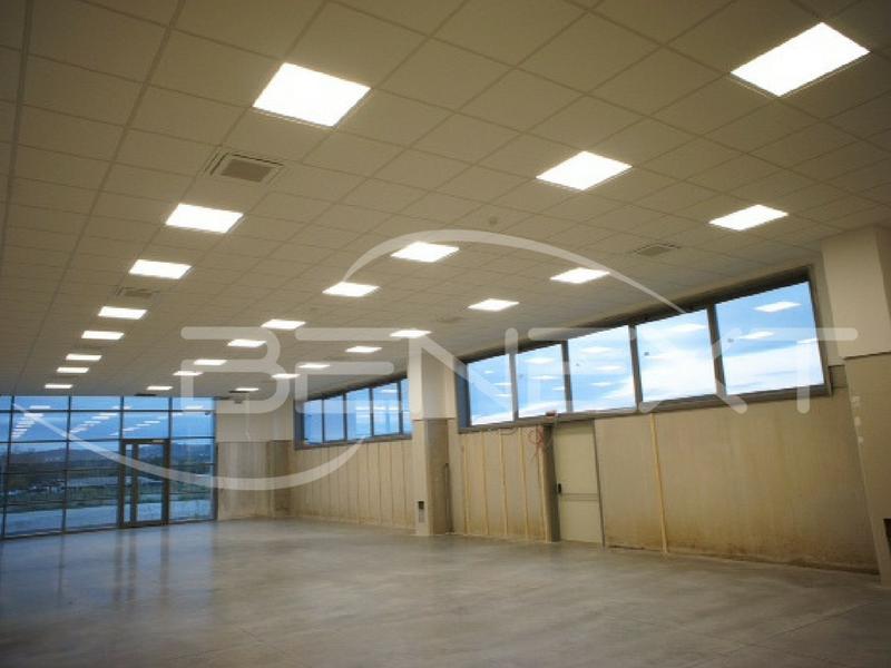 Progetto illuminazione led capannone industriale