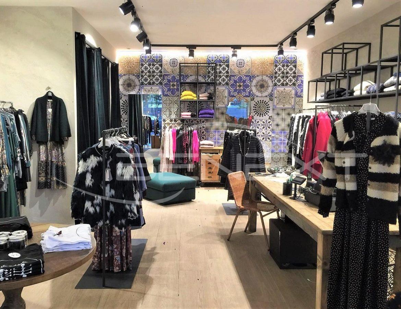 Illuminazione retail progetto negozio sorelle maldestre roma